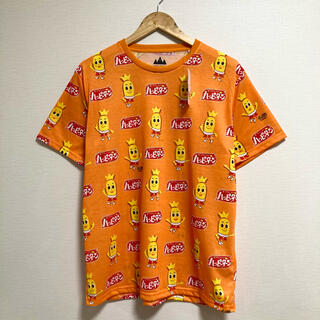 新品・タグ付き◎ハッピーターン総柄Tシャツ♪(Tシャツ/カットソー(半袖/袖なし))