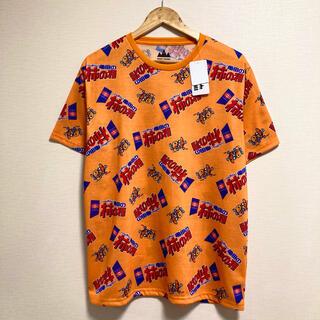 新品・タグ付き◎亀田製菓 柿の種総柄Tシャツ♪(Tシャツ/カットソー(半袖/袖なし))
