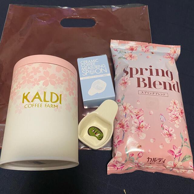 KALDI(カルディ)のお値下げしました!春のコーヒー豆(中挽き)&キャニスター缶セット 食品/飲料/酒の飲料(コーヒー)の商品写真