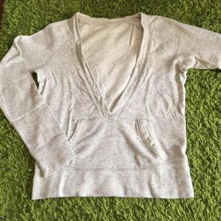 ムジルシリョウヒン(MUJI (無印良品))の無印良品 MUJI Vネックトップス グレー(Tシャツ(長袖/七分))