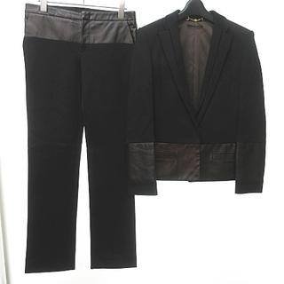 グッチ(Gucci)のグッチ GUCCI セットアップ レザー切替 パンツスーツ 黒 ブロンズ 40(スーツ)