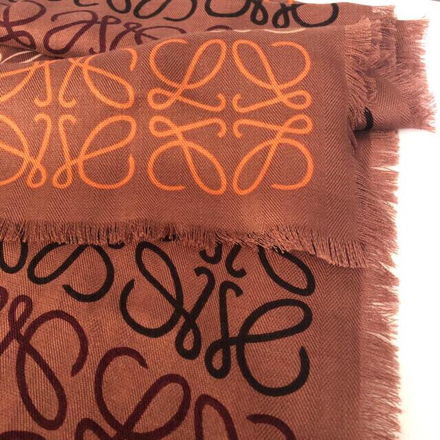 ロエベ ロゴ ストール 新品 ブラウン系 LOEWE 本物 レディースのファッション小物(マフラー/ショール)の商品写真