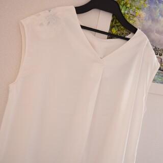 エニィスィス(anySiS)のミスティック プライムパターン vis ジルスチュアート マーキュリーデュオ T(Tシャツ(半袖/袖なし))