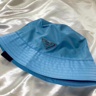 PRADA - PRADA プラダ ロゴ バケットハット 青 ブルー パステル 帽子