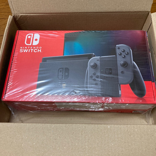 ニンテンドースイッチ(Nintendo Switch)の新型 スイッチ 本体 グレー(家庭用ゲーム機本体)
