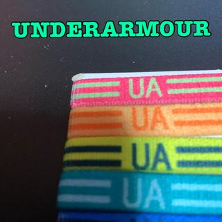 UNDER ARMOUR - 🍀【UNDERARMOUR】新品 リストバンド ブレスレット スポーツ
