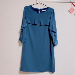 エージーバイアクアガール(AG by aquagirl)のくすみブルー ワンピース(ミディアムドレス)