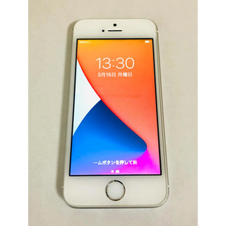 アイフォーン(iPhone)のお値下げ 初代iPhone SE Silver 64 GB docomo(スマートフォン本体)