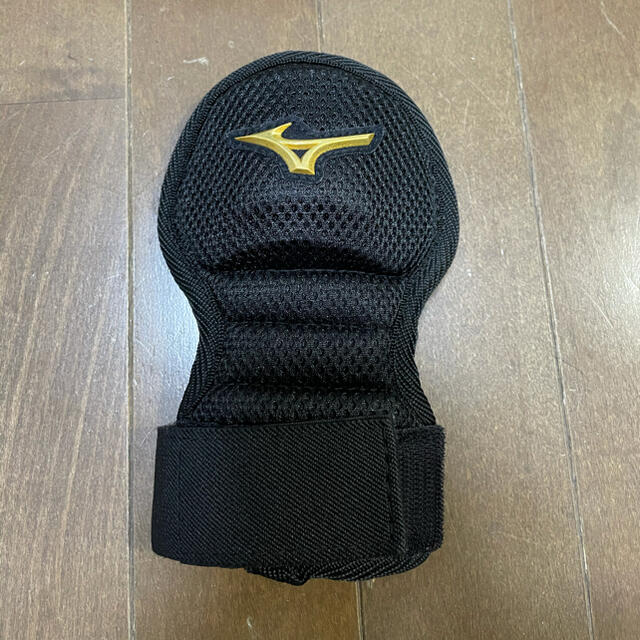 MIZUNO(ミズノ)のミズノプロ 手甲ガード 新品未使用同等品 スポーツ/アウトドアの野球(防具)の商品写真