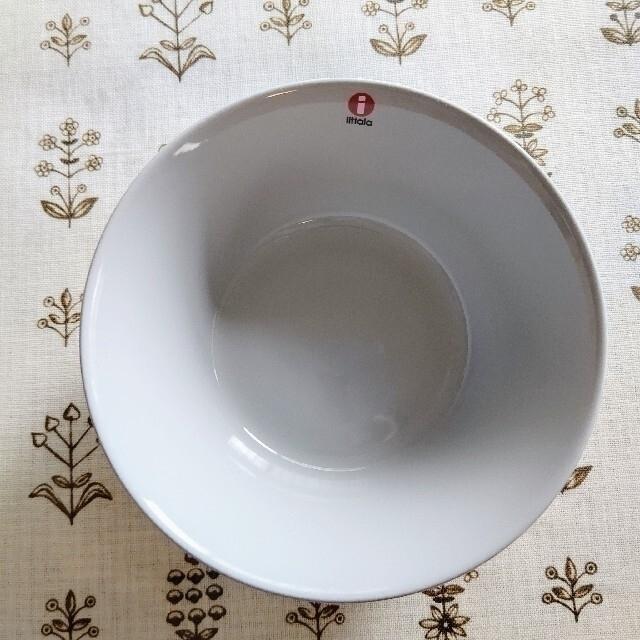 iittala(イッタラ)の新品未使用 パールグレー  ティーマ シリアルボウル 15cm イッタラ インテリア/住まい/日用品のキッチン/食器(食器)の商品写真