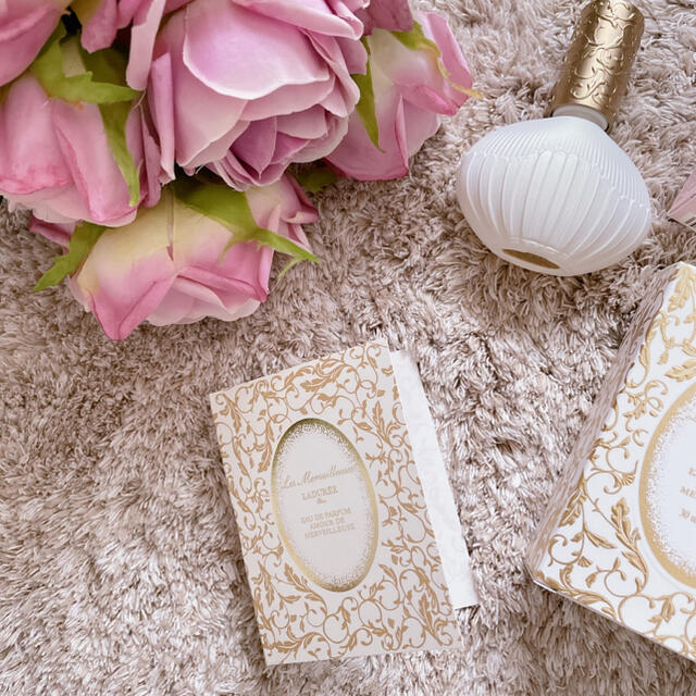 Les Merveilleuses LADUREE(レメルヴェイユーズラデュレ)のラデュレ 香水サンプル コスメ/美容の香水(香水(女性用))の商品写真