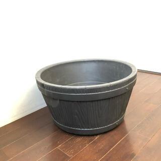 ウイスキー樽風 プラスチック プランター(プランター)