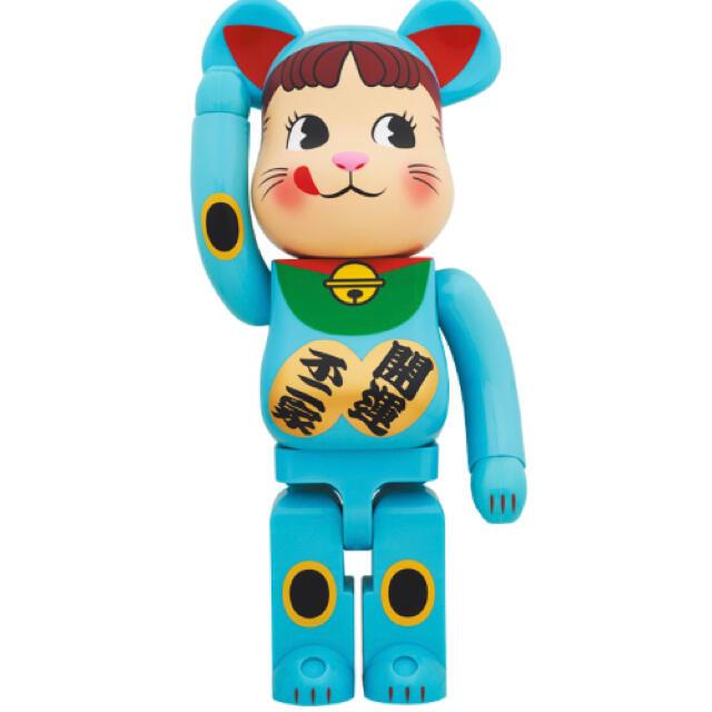 MEDICOM TOY(メディコムトイ)のBE@RBRICK 招き猫 ペコちゃん 青蓄光 1000% エンタメ/ホビーのフィギュア(その他)の商品写真