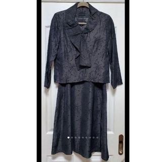 三年坂 スカートスーツ ブラック(スーツ)