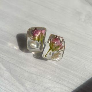 クレアーズ(claire's)のpink rose pierce(ピアス)