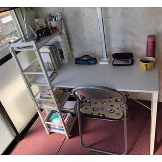 ニトリ(ニトリ)のニトリ勉強机 パソコンデスク ラック付きデスク(オフィス/パソコンデスク)