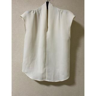 エムプルミエ(M-premier)のエムプルミエ ブラウス 38 ホワイト(シャツ/ブラウス(半袖/袖なし))
