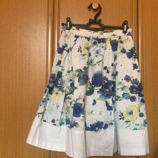 グラスライン(Glass Line)のGLASS LINE花柄スカート(ひざ丈スカート)