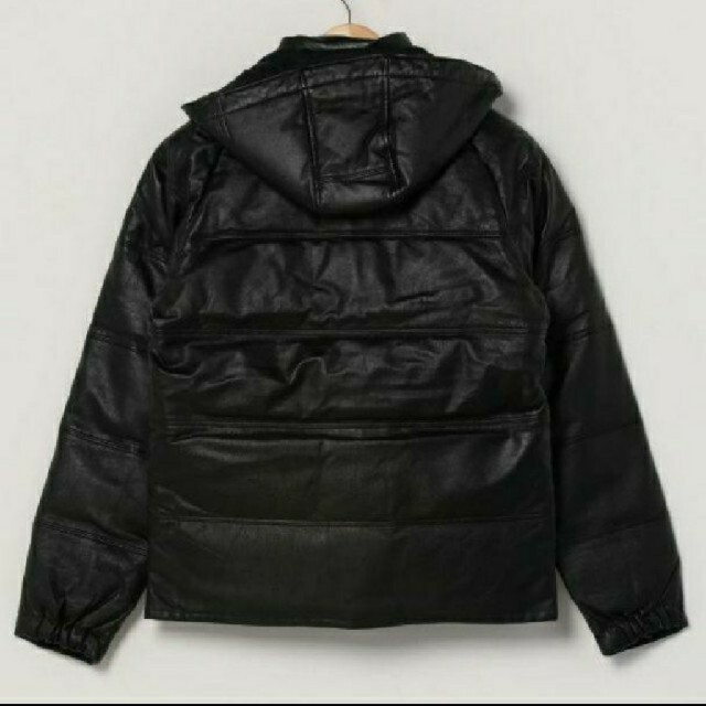 A BATHING APE(アベイシングエイプ)のLサイズ A BATHING APE LEATHER CLASSIC DOWN メンズのジャケット/アウター(ダウンジャケット)の商品写真