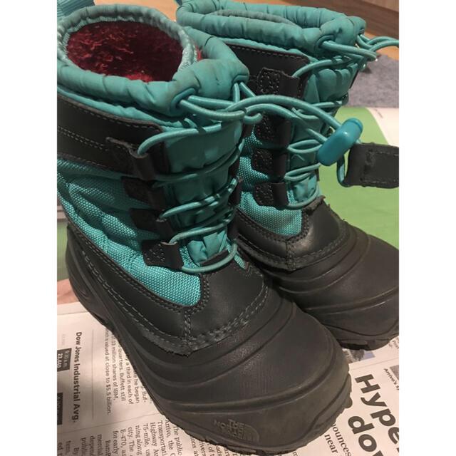 THE NORTH FACE(ザノースフェイス)のノースフェイス スノーブーツ 男女兼用 匿名配送 キッズ/ベビー/マタニティのキッズ靴/シューズ(15cm~)(ブーツ)の商品写真