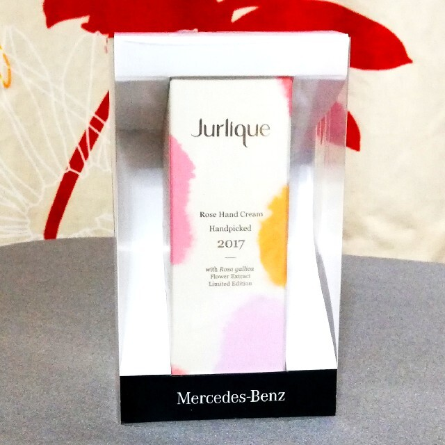 Jurlique(ジュリーク)の新品♡ ジュリーク  香りローズのハンドクリーム♡ コスメ/美容のボディケア(ハンドクリーム)の商品写真