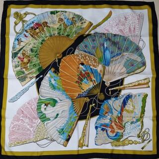 エルメス(Hermes)のレア柄HERMES エルメススカーフカレ90「魅惑のそよ風」(スカーフ)