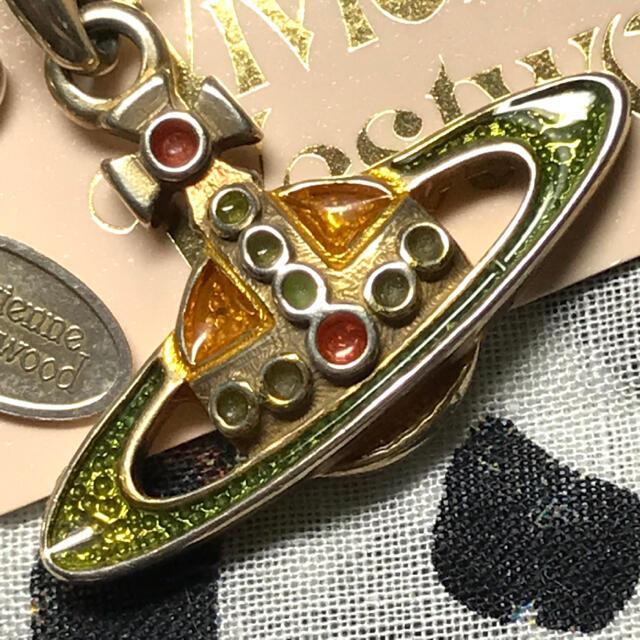 Vivienne Westwood(ヴィヴィアンウエストウッド)のヴィヴィアン エナメルオーブ シルバー 925 ネックレス レディースのアクセサリー(ネックレス)の商品写真