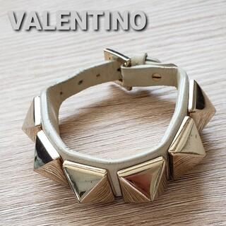 ヴァレンティノ(VALENTINO)のVALENTINO ロックスダッズレザーブレスレット(ブレスレット/バングル)