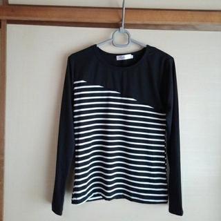 長袖トップス 黒色と白黒ボーダーの切り替え(Tシャツ(長袖/七分))
