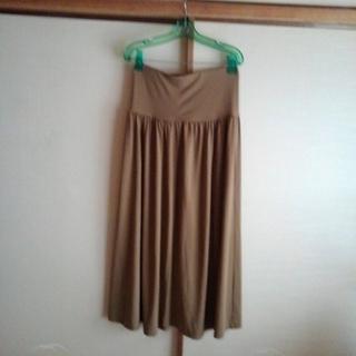 ロングスカート ユニクロ 薄茶色 (ロングスカート)