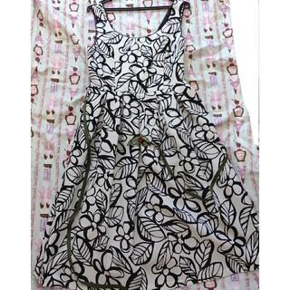 エミリーテンプルキュート(Emily Temple cute)のてんとう虫のジャンパースカート(ひざ丈ワンピース)