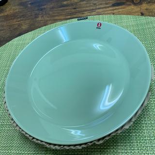 イッタラ(iittala)の新品 イッタラ ティーマ セラドングリーン 21㎝ プレート2枚セット(食器)