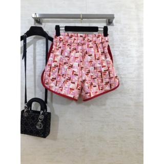 フェンディ(FENDI)の【フェンディ】FFモチーフ シルク ショートパンツ* ピンク(ショートパンツ)
