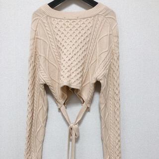 アンティックラグ(antic rag)のバックリボン ニット  ベージュ ショートニット 淡色 韓国ファッション(ニット/セーター)