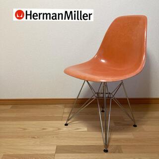 イームズ(EAMES)のHermanMiller  サイドシェルチェア(オレンジ)  エッフェルベース(ダイニングチェア)