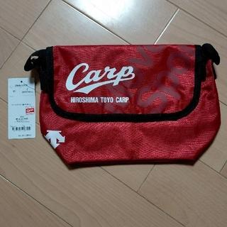 DESCENTE - 広島東洋カープ×DESCENTE(デサント)2019ミニショルダーバッグ