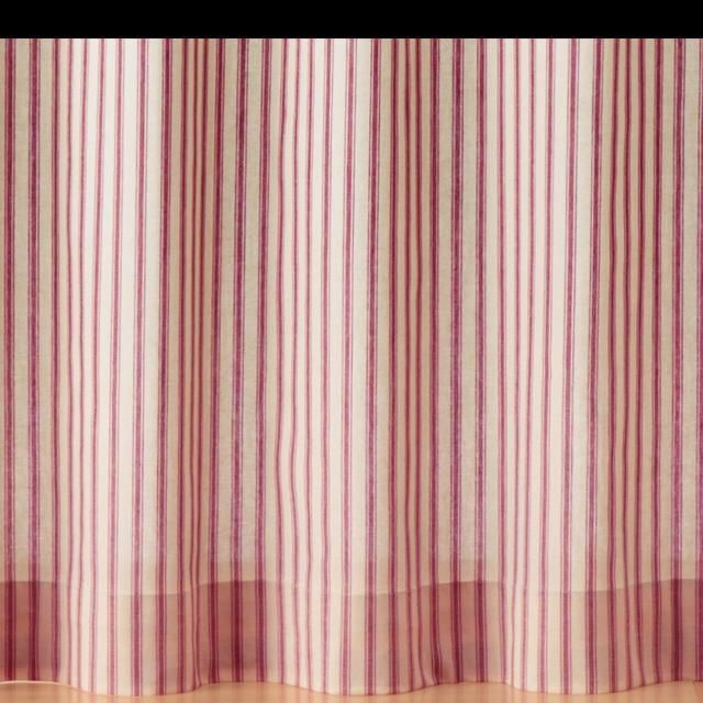 MUJI (無印良品)(ムジルシリョウヒン)の無印良品 カーテン 赤・細ストライプ インテリア/住まい/日用品のカーテン/ブラインド(カーテン)の商品写真