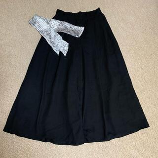 ローリーズファーム(LOWRYS FARM)のLOWRYS FARM フレアパンツ ブラック スカーフ付き(カジュアルパンツ)