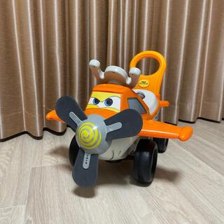 ディズニー(Disney)のプレーンズ ダスティ 飛行機 乗用玩具 ライドオン 手押し車 子供(三輪車/乗り物)