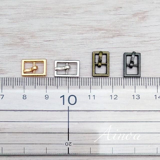 【PBN】ピンバックル N ドール用 アウトフィット 10個 ハンドメイドの素材/材料(各種パーツ)の商品写真