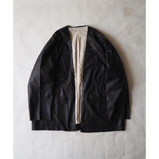 コモリ(COMOLI)のconfect シープスキン羽織りジャケット(レザージャケット)