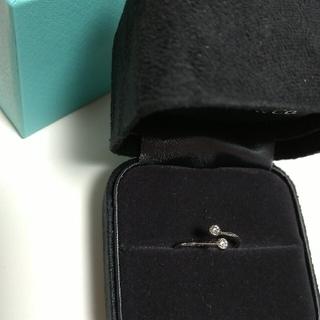 ティファニー(Tiffany & Co.)のティファニーリング9号バイザヤード ウェーヴシングルロウソリティアAHKAH(リング(指輪))