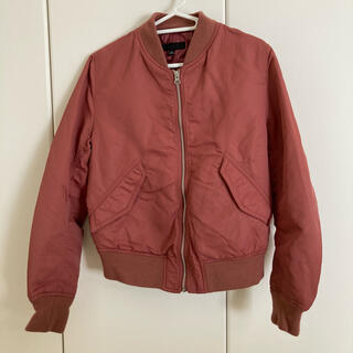 ユニクロ(UNIQLO)のジャケット ピンク(ライダースジャケット)
