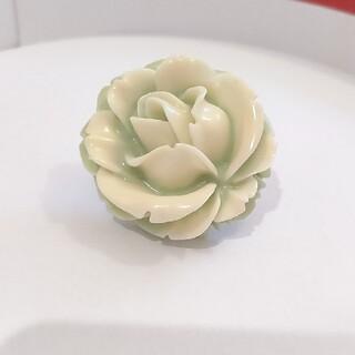 キューポット(Q-pot.)の大きな薔薇のリング(リング(指輪))