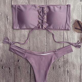 bathing suits (水着)