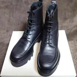 マルニ(Marni)のSACHA GAREL ブーツ 41 黒(ブーツ)