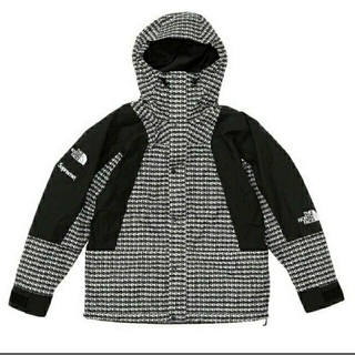 シュプリーム(Supreme)のsupreme studded mountain light jacket M(マウンテンパーカー)