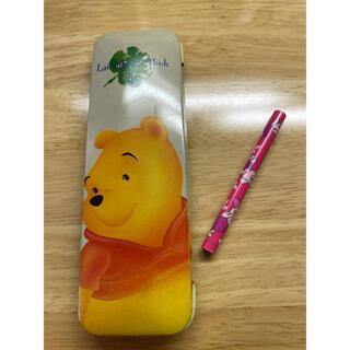 クマノプーサン(くまのプーさん)のくまのプーさん 缶のペンケース ピグレットえんぴつ付き(ペンケース/筆箱)
