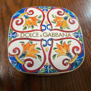 ドルチェアンドガッバーナ(DOLCE&GABBANA)のドルチェアンドガッパーナ ビューティ チーク(チーク)