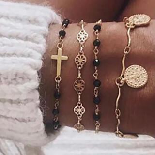 ザラ(ZARA)の◇ブラック ゴールド クロス 十字架 ブレスレット 4本セット◇(ブレスレット/バングル)